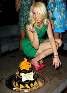 molly-shea_cake-2-588